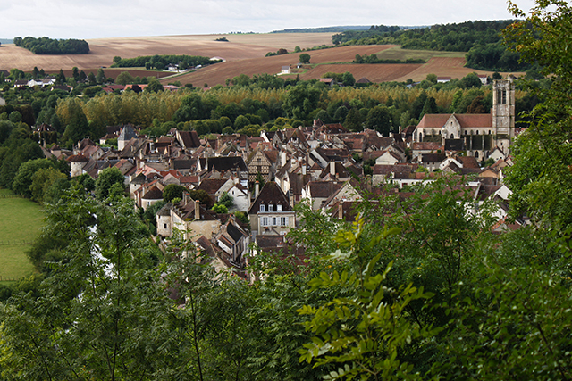 Looking into Noyers sur Serein. Photo: Olivier Letourneux / Flickr.