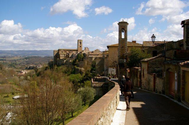 Colle di Val d'Elsa, Tuscany . CC by teldridge+keldridge / flickr.