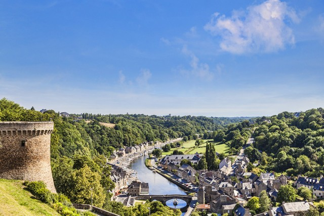 View of Dinan - © travel light | Shutterstock