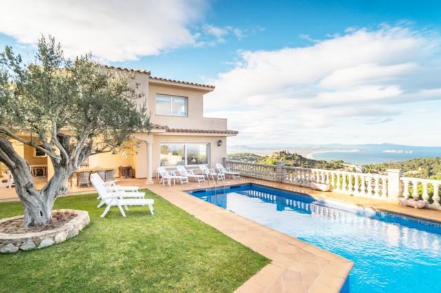 Villa in Catalunya