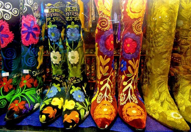 Fancy some boots?                    (Photo:whatcouldpossiblygowrong/flickr)