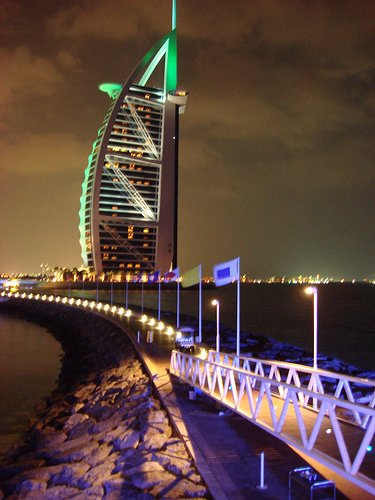 Burj Al Arab by Articotropical/Flickr