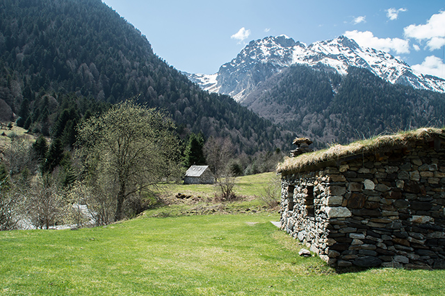 The Lesponne Valley. Photo: pascal65 | Adobe Stock